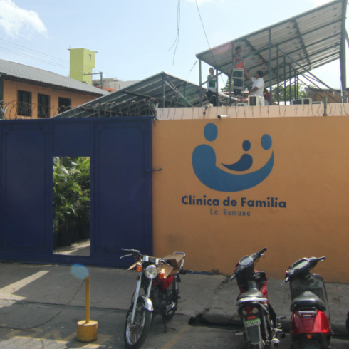 image of the outside of a clinic